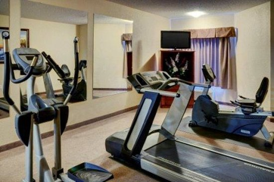 Lakeview Inn & Suites - Chetwynd: Fitness Area