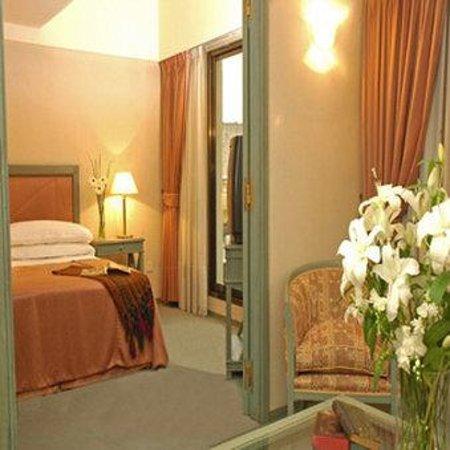 Wilton Hotel: Executive Suite / Suite Ejecutiva