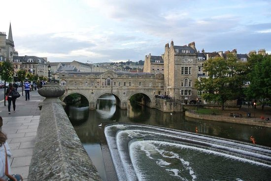 Pulteney Bridge: River