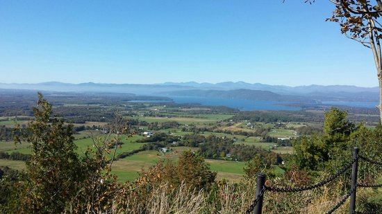 Mt. Philo State Park: View from Mt Philo