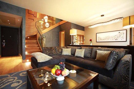 เชอราตัน พาเลซ โฮเต็ล มอสโก: Ambassador Suite Lounge
