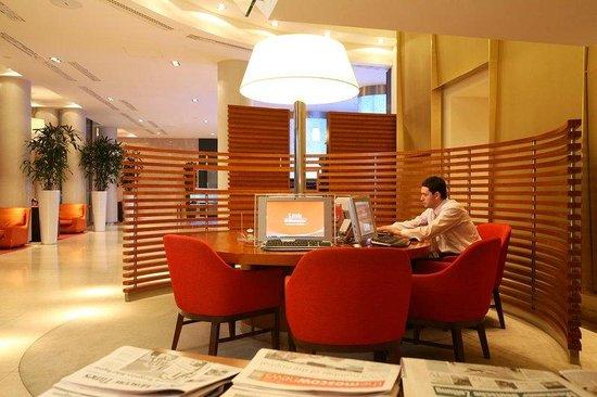 Sheraton Palace Hotel Moscow: Link Sheraton