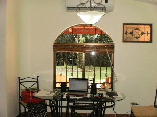 Plaza Suites: Gardens View