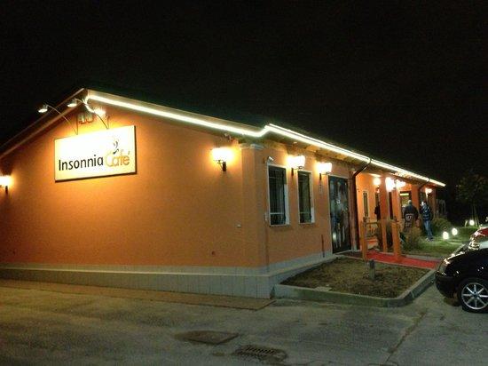 Insonnia Cafe' : Esterno