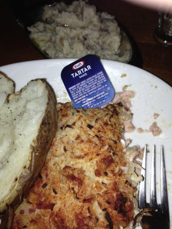 Log Jam Restaurant: Kraft packaged tarter sauce!!!