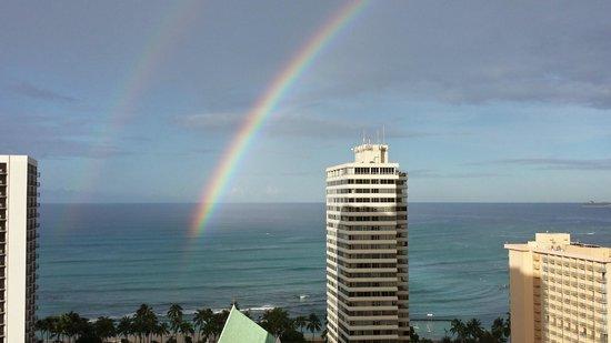 Waikiki Banyan: Rainbow view from Condo Tower 1 2414