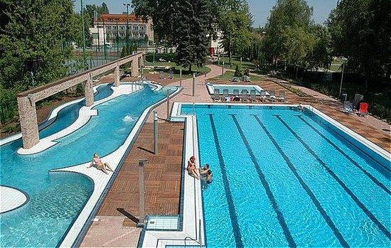 ‪Holiday Beach Budapest Wellness & Conference Hotel‬
