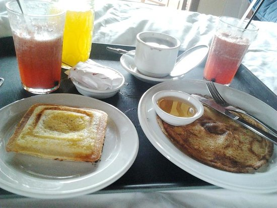 Strawberry Hill Hotel : Breakfast