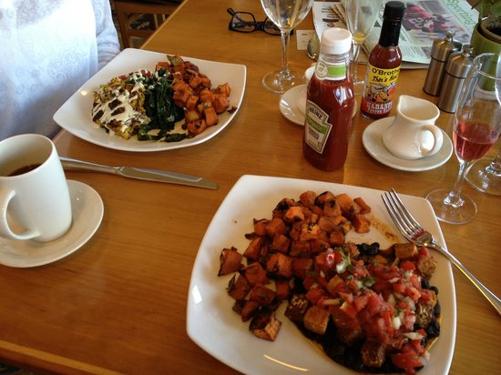 "Stanford Inn by the Sea : Best ""breakfast included"" in America!"