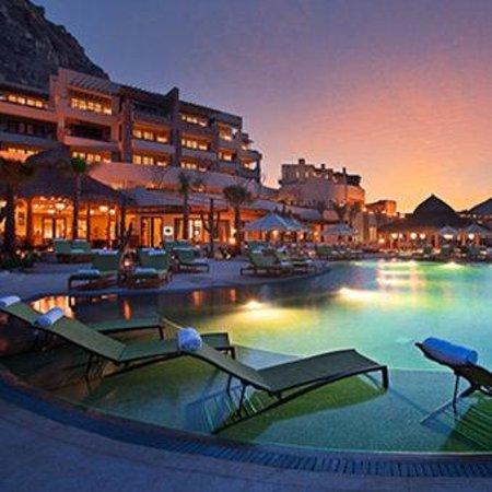 The Resort at Pedregal: Pedregal Hotel Pool Sunset