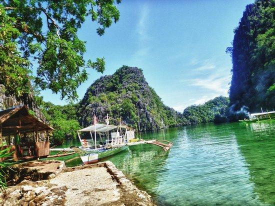 Patrik & Tezz Guesthouse: Kayangan Lake