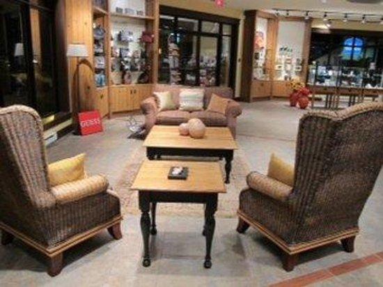 Hotel St. Bernard: Lobby