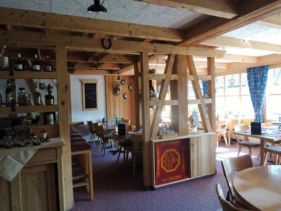Jungfrau Lodge Swiss Mountain Hotel : Dining room