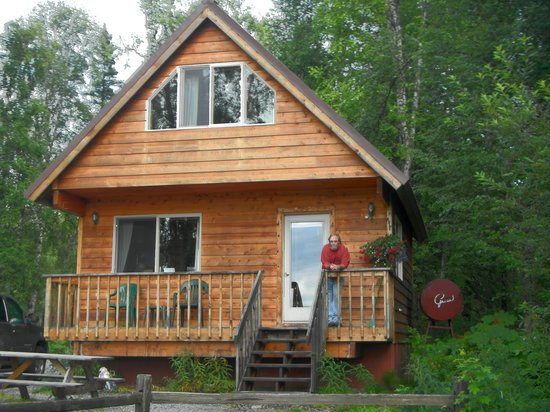 Susitna River Lodging: our cabin