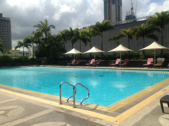Swimming Pool Picture Of Makati Shangri La Manila Makati Tripadvisor