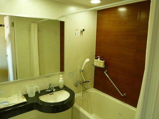 Daiwa Roynet Hotel Nagoya Ekimae : バスルームの様子