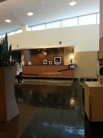 Hampton Inn & Suites Boston Crosstown Center: Recepção