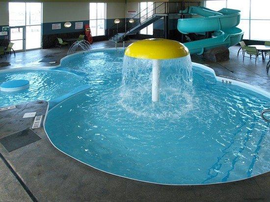 Best Western Plus Winnipeg West: Pool