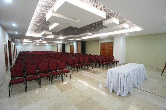 Hotel Atrium Plaza: Meeting Room