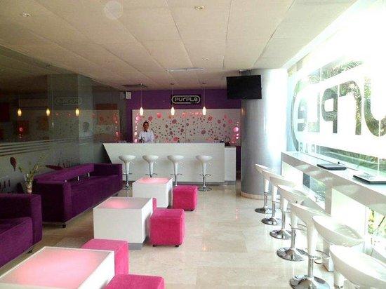 Hotel Atrium Plaza: Bar