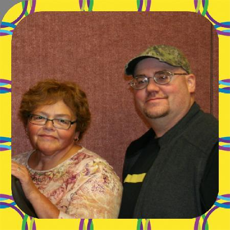 Glacier Park Bed and Breakfast: Donna and Jason - Bridge Players