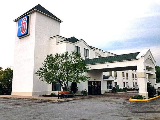 Photo of Motel 6 Harvey
