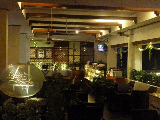 Sabah Hotel Sandakan: Lobby Lounge