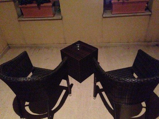 Roma Point Hotel : Balcone un pochino sporco a dire il vero
