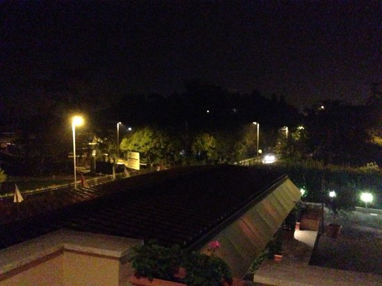 Roma Point Hotel: Vista balcone