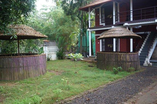 Bamboo Lagoon Backwater Front Resort: Allepey