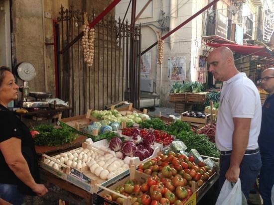 Ristorante Cin Cin : with Vincenzo at the market