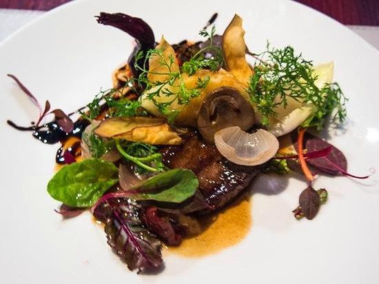 La Table de Tee: Wagyu beef and Thai dills