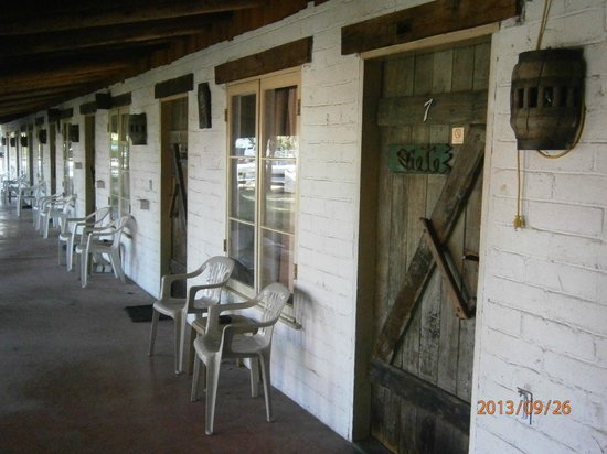 Ranchito Motel : Rustic decor