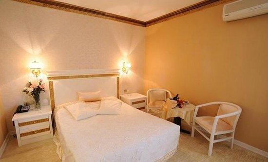 Pelikan Hotel: PELİKAN BEDROOM