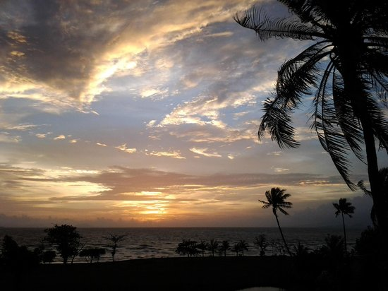"""Le fameux """"sunset"""" de la Villa Romonea""""..."""