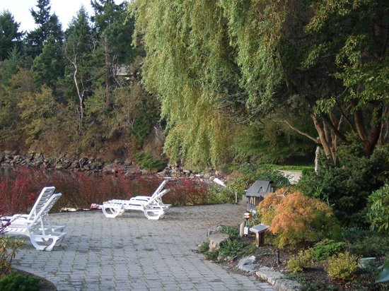 Pacific Shores Resort and Spa: Around the grounds