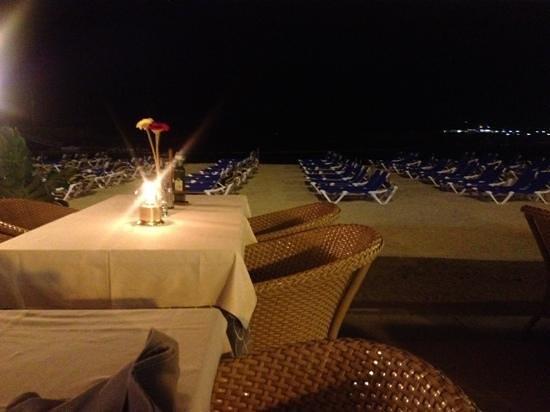 Monaco Restaurante : beautiful at night