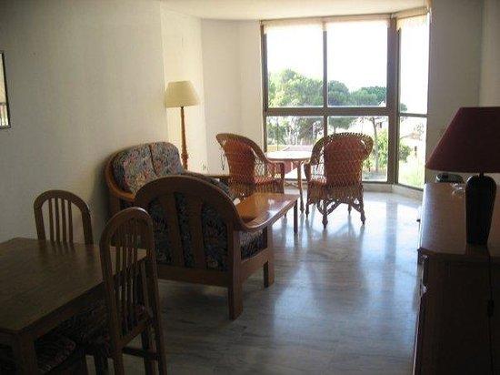 Apartamentos Oasis Benidorm : Room