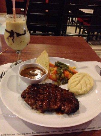 B'Steak Grill and Pancake: Rib Eye steak with mess potato and mushroom sauce