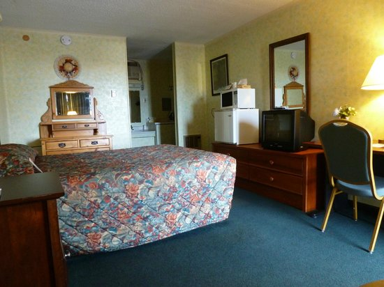 Holiday Lodge Motel Campground: chambre