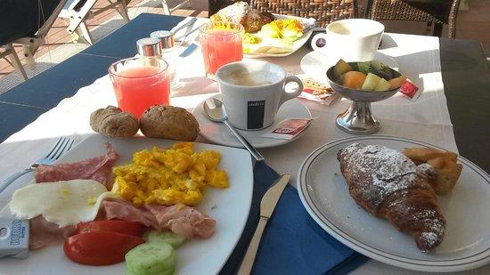 Hotel Garden Sea Caorle: Tolles Frühstücksbuffet und sehr guter Cappucino