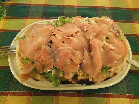 La Pratolina : With Salmon