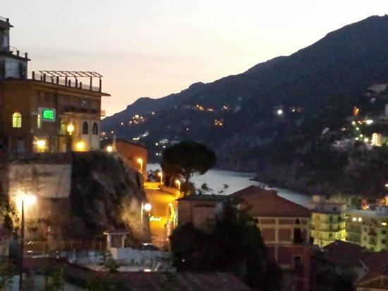 Hotel Vietri Coast: panoramica dell'esterno