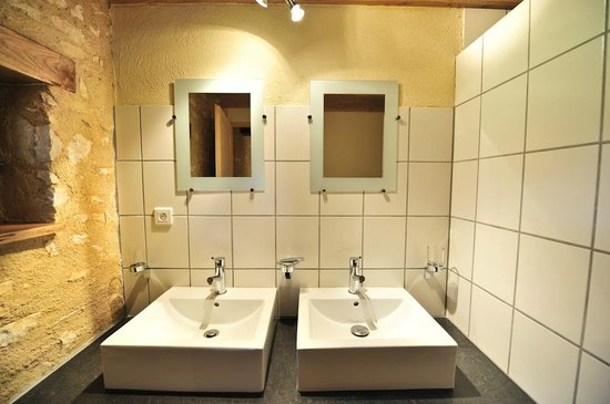 Domaine de Lagardelle: Salle d'eau Verger