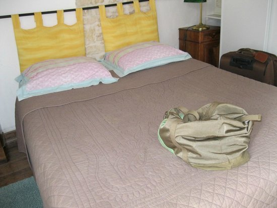 Chambre d'Hotes Daniel Fayaud : petite chambre