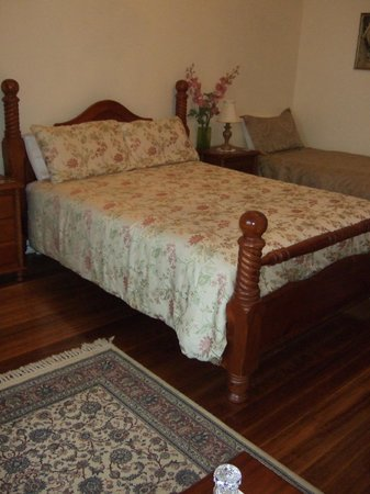 Huonville Guesthouse : Comfy, cosy beds