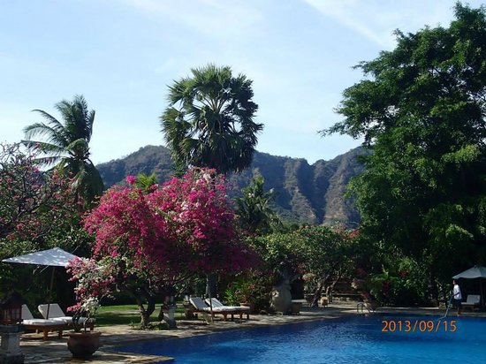 Matahari Beach Resort & Spa: Swimming pool