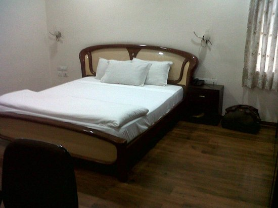 Swan Suites Raghuram Heights: One of the Rooms @ 10 Madhapur Property