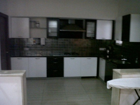 Swan Suites Raghuram Heights: Kitchen at One of the Flats @ 10 Madhapur Property