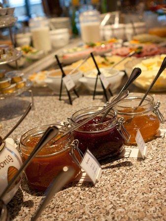 Hotel Klingler: Reichliche Auswahl zum Frühstück